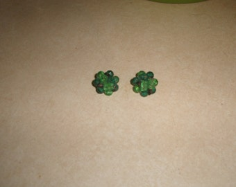 vintage clip on earrings green lucite bead clusters