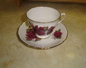 vintage bone china tea cup saucer set royal vale england maroon rose