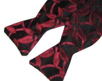 Vintage Bow Tie Self Tie Bow Tie Silk Bow Tie Red Black Bow Tie Floral Bow Tie Self Tie Silk Bow Tie Tuxedo Tie Adjustable Bow Tie