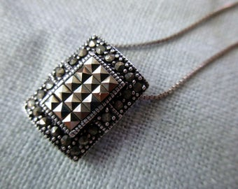 """vintage sterling silver marcasite necklace with 16"""" sterling box chain"""