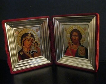 Russian DIPTYCH Traveling folding Icons Set in a case. Made in Russia -.