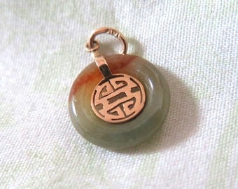 "Jade and Gold Pendant ""Great Blessing"""