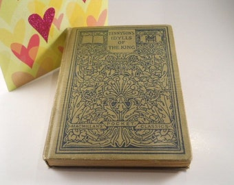 Vintage Book Tennysons Idylls of the King