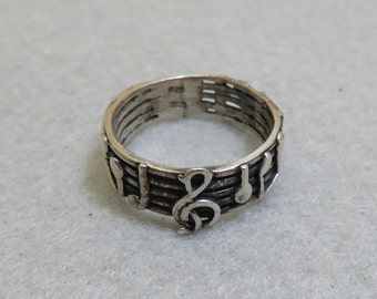 Sterling Silver Musical Notes Ring, Size 9, Vintage Ring