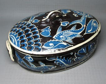 Mexico pottery casserole FANTASIA pattern with fish , blue ( night )