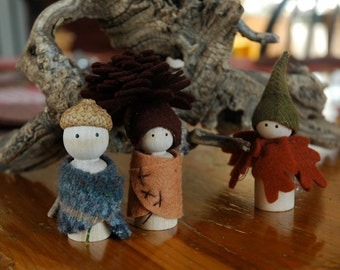 Autumn in the woods peg doll set