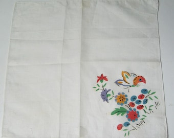 SALE - Vintage Women's Hankie with Flowers & Butterfly