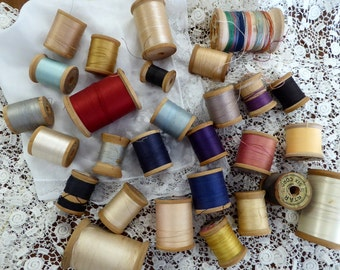 Vintage Thread Wood Spools LOT FOUR, 28 Vintage Wood Spools, Old Wood Spools with Thread