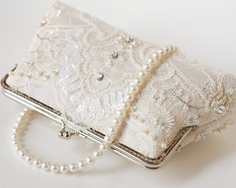 Royalty Chantilly wedding Lace Clutch in Champange and pearl handle, Spring wedding, Vintage inspired , wedding bag, Bridal clutch