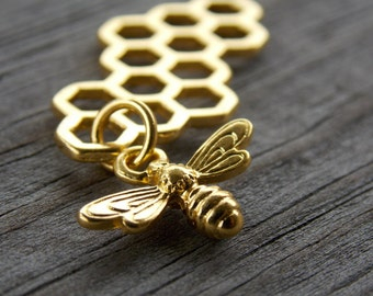 5 Gold Honeycomb Connector Charms with Gold Bee Dangle 46mm