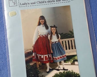 Here Kitty, Kitty Skirt Pattern by Mary's Patterns, Lady's and Child's quilted cat skirts and belts, uncut sewing patterns