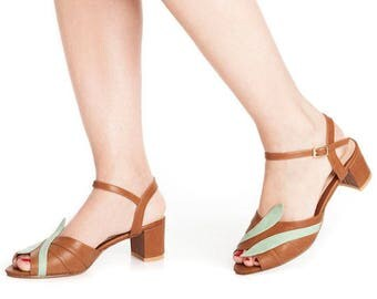 Brown Non leather sandals / vegan open toe sandals / unique mid heel shoes / beautiful comfortable shoes / high quality everyday sandals