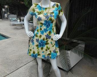 Vintage 1960's Ui-MaikaiBlue Floral Print Hawaiian Style Dress - Size 8
