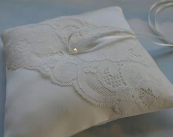 Ivory satin wedding ring cushion. Ivory wedding ring bearer pillow.