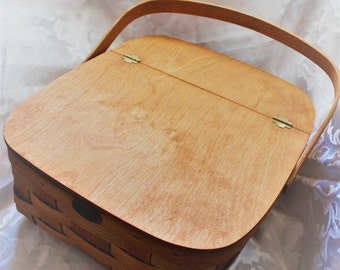 Vintage Pie Basket - Wicker Basket - Picnic Basket