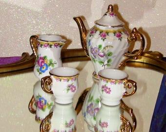 Miniature Tea Set Teacups and Teapot Victorian Antique Gift