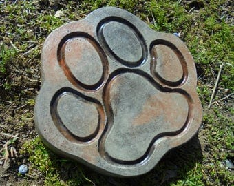 RESERVED For Diane. Stone Paw Stepping Stone, Dog, Cat, Free Shipping (8)
