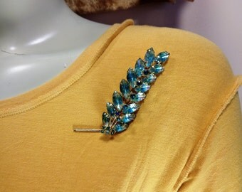 Verified Juliana Aqua and Blue Rhinestone Brooch with Molded Givre Glass Stones D&E Juliana Bookpiece Rhinestone Pin Juliana Jewelry Gift