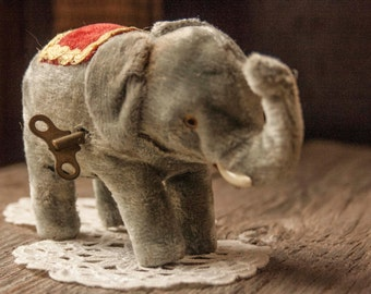 Wind Up Mechanical Toy - Circus Elephant -