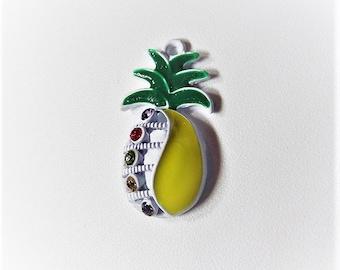 31mm*17mm 2CT. Pineapple Charm/Pendant, Enamel and Rhinestone Pendant, Y61