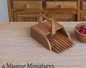 Cranberry Rake in 1:12 Scale for Dollhouse Miniature Primitive Harvest Cabin
