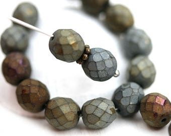 Matte Iris Grey and Brown beads mix, 8mm Czech round beads, fire polished, faceted beads - 20Pc - 1327