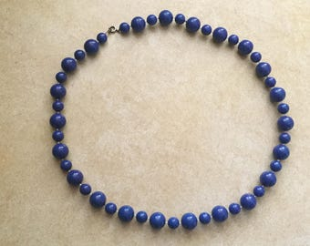 Vintage 1970s Ocean Blue Beaded Necklace