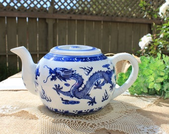 asian styled tea pot blue and white tea pot dragon tea pot
