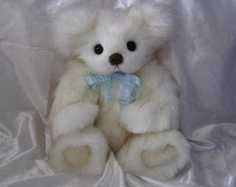 Cuddly, a bear by Spring Blossom Bears and Bunnies