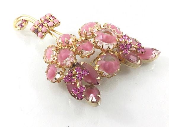 Large Givre Glass Pink Rhinestone Flower Brooch, Pink unsigned designer rhinestone brooch. Hi End Quality Demi Parure, Striped rhinestones.