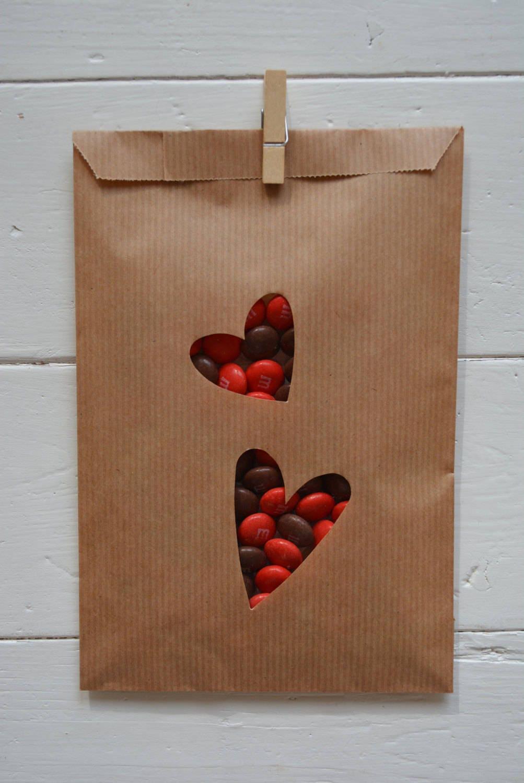 Sale kraft papieren zakjes met dubbel hart venster in een for Papieren kraft zakjes