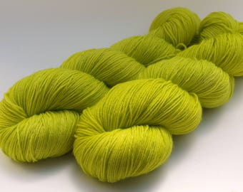 Hand Dyed Fingering/Sock Yarn, 75/25 Super Wash Merino/Nylon, knitting Yarn, Limoncello