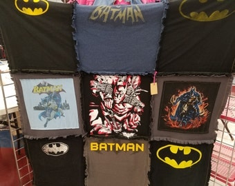 Batman T-Shirt Throw
