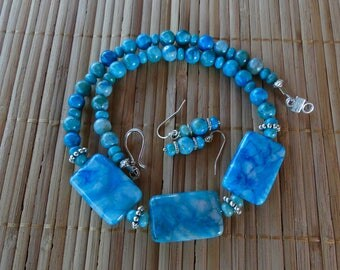 19 Inch Blue Crazy Lace Agate Three Focal Bead Necklace with Earrings