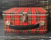 Vintage Metal Lunch box, Plaid metal lunch box