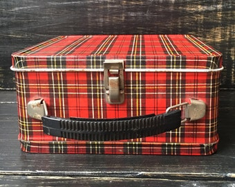 Vintage Metal Lunch box, Plaid metal lunch box