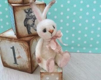 Bundle - Pinkies, OOAK rabbit, tiny bunny, artist bunny, antique style bunny, felted rabbit, miniature bunny, vintage bunny, dollhouse bunny