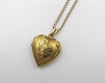 Vintage Gold Tone Heart Locket, Vintage Sweetheart Locket, Mother's Day Gift, Gift for Her, Sweet Sixteen Locket, Vintage Locket Jewelry, N4