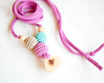 black Friday Sale Nursing necklace - teething toy - Babywearing - breastfeeding - juniper - pendant