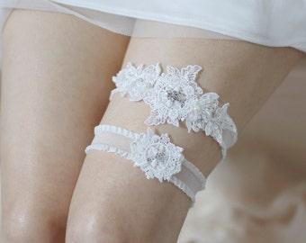 Lace garter set, wedding garter set, lace garters, white garter set, bridal garter set