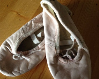 50% Off, Vintage Childs Ballet Slippers, Pink Dance Shoes, Girls Dance Shoes, 6 Inch Slippers