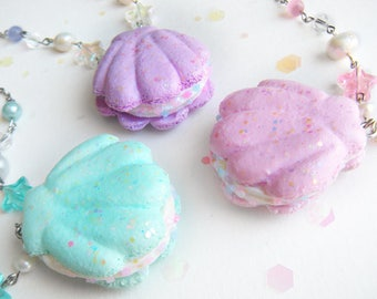 Kawaii/Magical Girl/Fairy Kei/Pastel French Macaron Mermaid Sea Shell with Opal/Confetti Sprinkles [Crystal Beaded Chain Necklace]