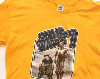 Vintage Star Wars t shirt, dated 1977, R2D2, C-3PO, 20th Century Fox Film Corp. sm/med