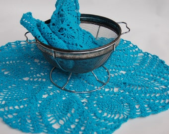 Grannys turquoise doily collection. Turquoise doilies. Cottage chic doilies. Crochet doilies