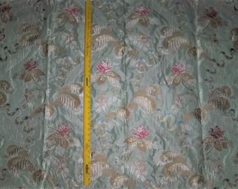 lampas damas tissu 10 verges bleu ciel multi de par. Black Bedroom Furniture Sets. Home Design Ideas
