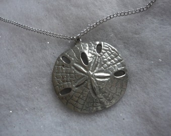 Vintage Pewter Sand Dollar Pendant by Reed and Barton P516, Sand Dollar, Sand Dollar Necklace, Pewter Sand Dollar, Summer Necklace, Pewter