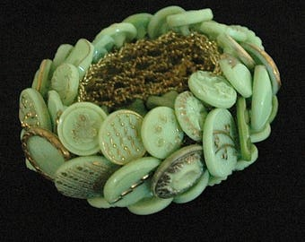 "Vintage Button Bracelet - ""Mint Confection"""