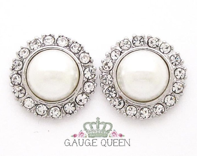 "Silver Pearl Plugs /Gauges. 4g / 5mm, 2g / 6.5mm, 0g / 8mm, 00g / 10mm, 1/2"" / 12mm"