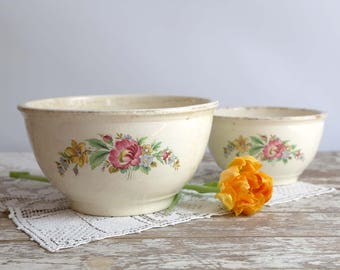 Vintage Mixing Bowls, Kitchen Kraft Bowls, Set of 2 Bowls, Homer Laughlin Bowls, Flower Design, Farmhouse Kitchen Bowls