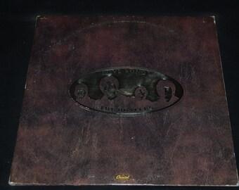 Vintage Vinyl Record Beatles: Love Song Album SKBL-11711